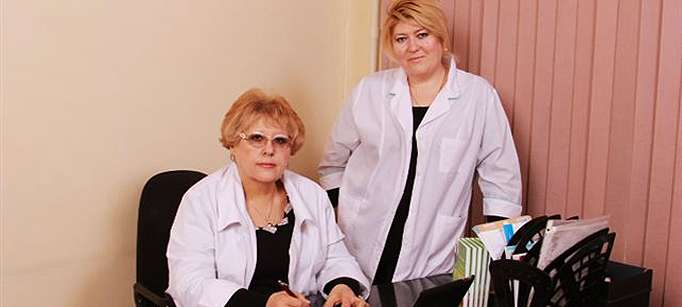 Светлана Михайловна с Эльвирой Владимировной